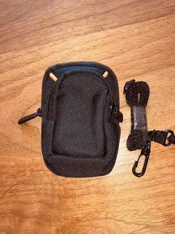 AmazonBasics Medium Point and Shoot Camera Case