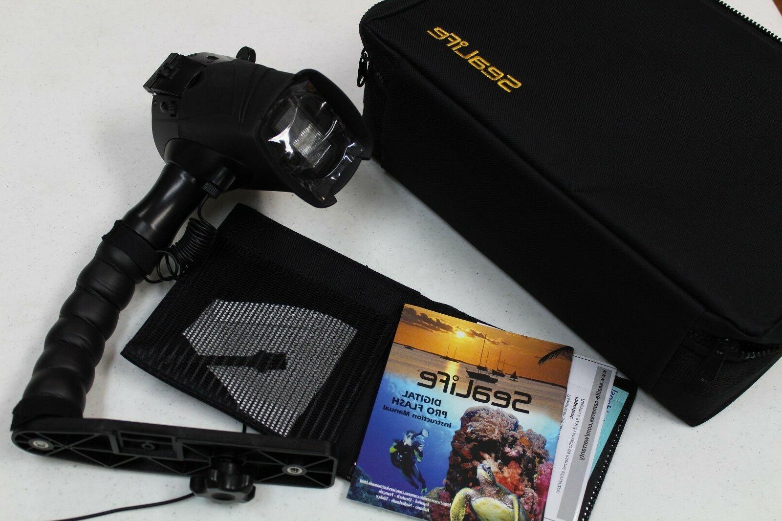 Sealife DC1400 Underwater Camera Strobe and Case